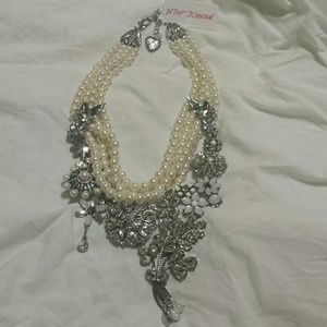 Betsey Johnson Necklace Faux Pearl